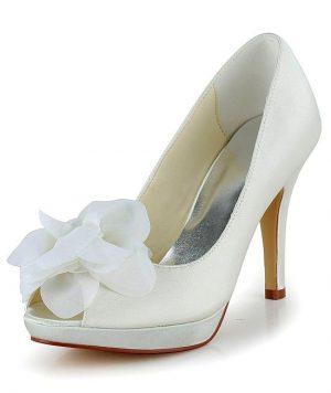Zapato con Hermosa Flor Satín Punta Abierta con Brillantes 1